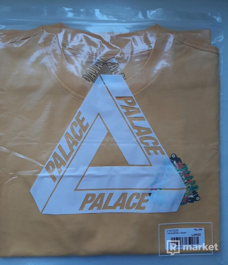Palace Tri Bumping Tee