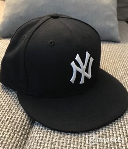 Čierna fullcap new york yankees 58,7 cm