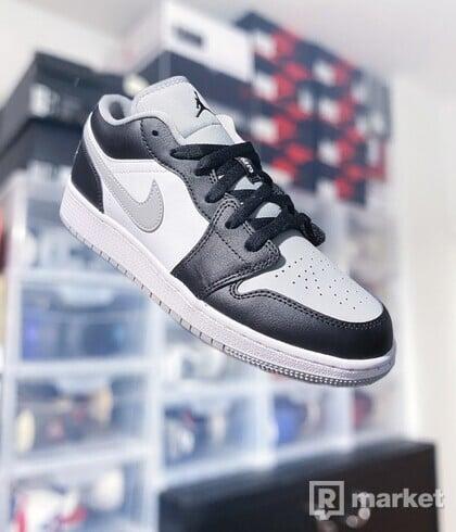 "Air Jordan 1 Low GS ""Grey Toe"""