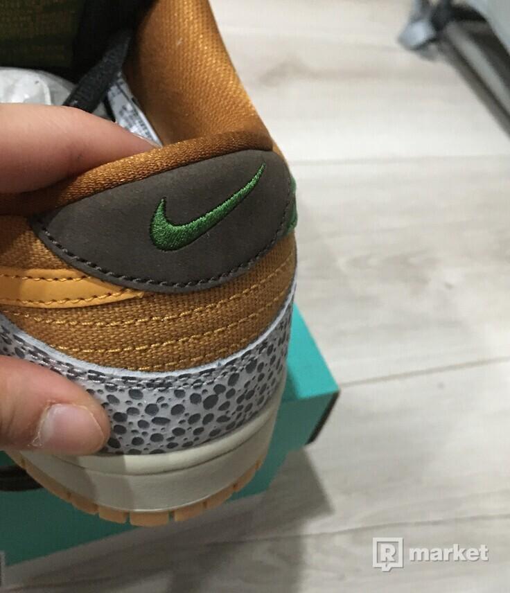 Nike SB Dunk Low Safari [42]