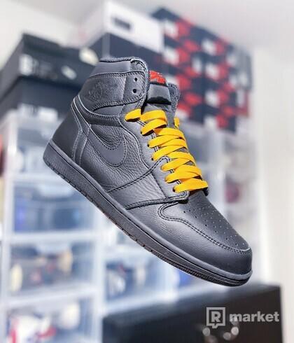 "Air Jordan 1 Retro High OG ""Triple Black"""