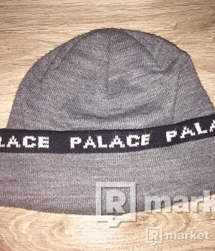 !!!STEAL!!! Palace Beanie