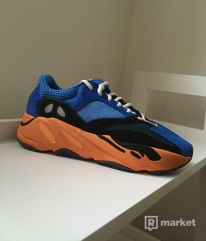 Yeezy 700 Bright Blue [40]
