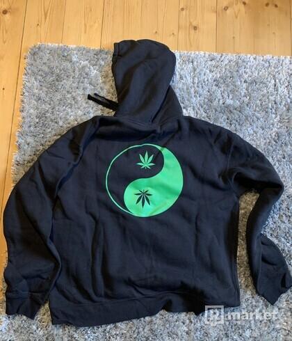 Under Native x The Mag hoodie