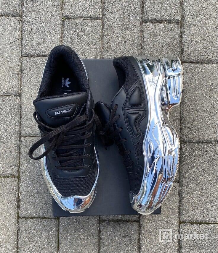 Adidas raf simons ozweego