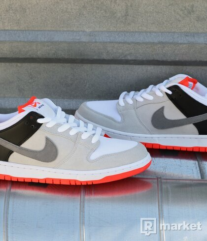 SB Dunk Low Infrared US11.5 / US12
