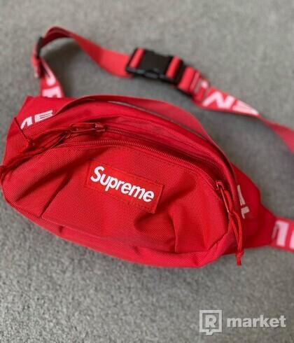 Supreme waistbag RED
