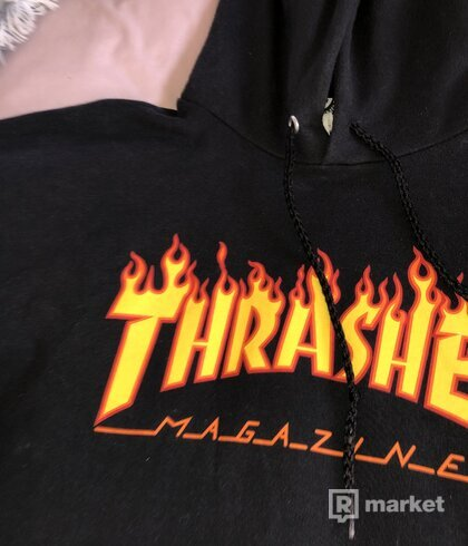 Čierna Mikina Thrasher