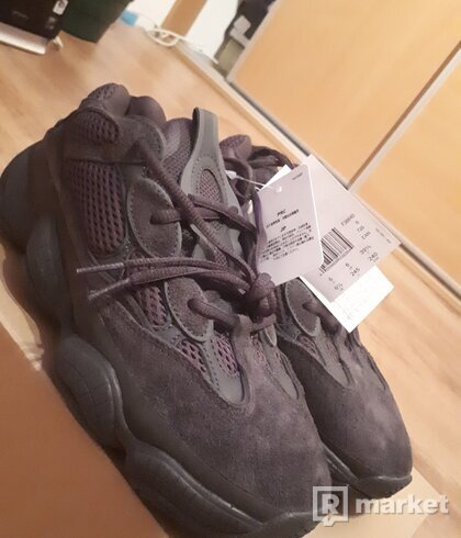 Yeezy 500 Ultity Black