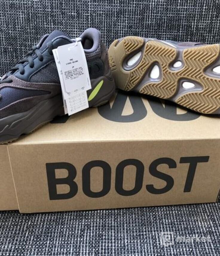 Adidas Kanye West Yeezy Boost 700 mauve vel. 43 1/3