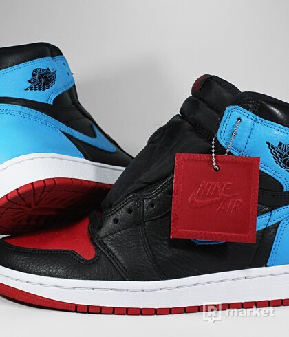 "Air Jordan Retro 1 High OG ""UNC to CHI"" (W)"