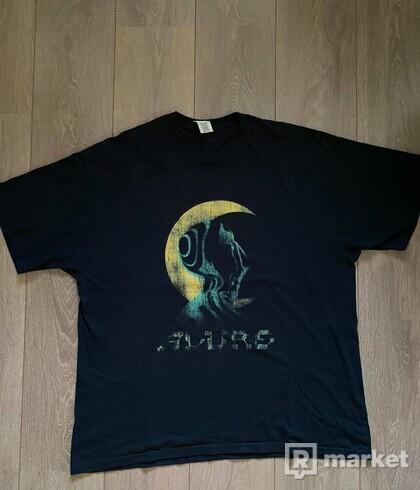 TVRNFLX rare tričko