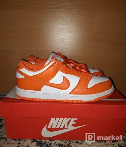 Nike Dunk Kentucky Orange