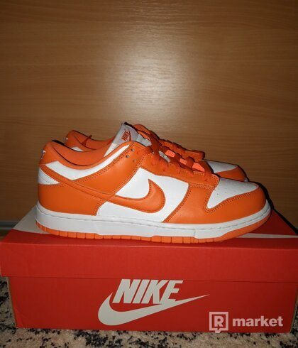 Nike Dunk Kentucky Orange