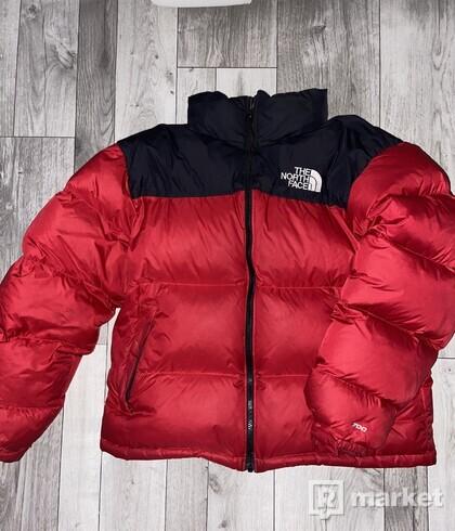 Tnf nuptse jacket