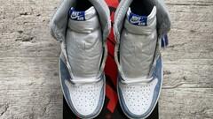 Jordan 1 Retro High OG Hyper Royal