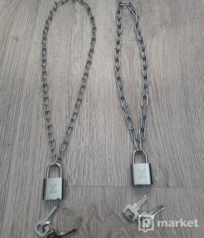 LV lock + chain