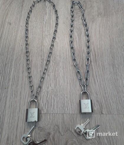 LV lock + chain