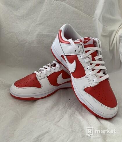 Nike Dunk Low University Red vel. 42,5