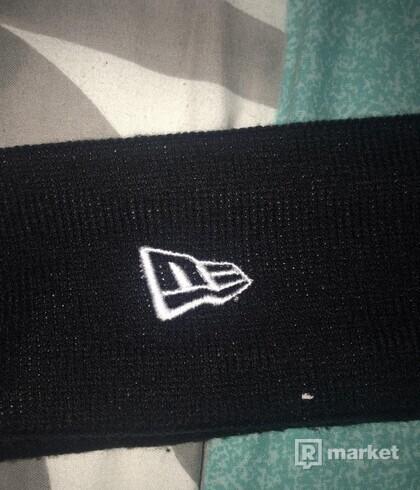 Supreme headband