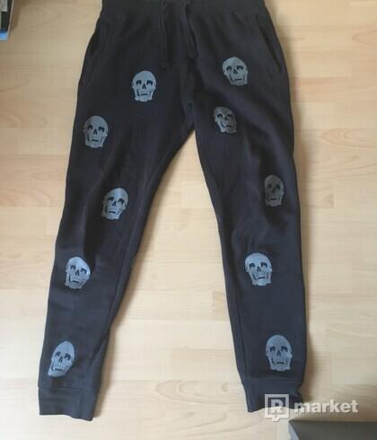 Freak pants