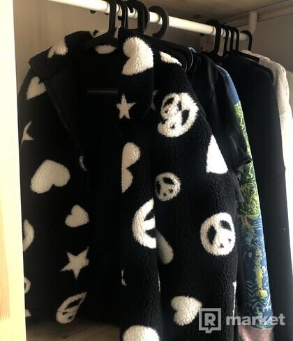 Moshino Teddy jacket, Misbhv hoodie
