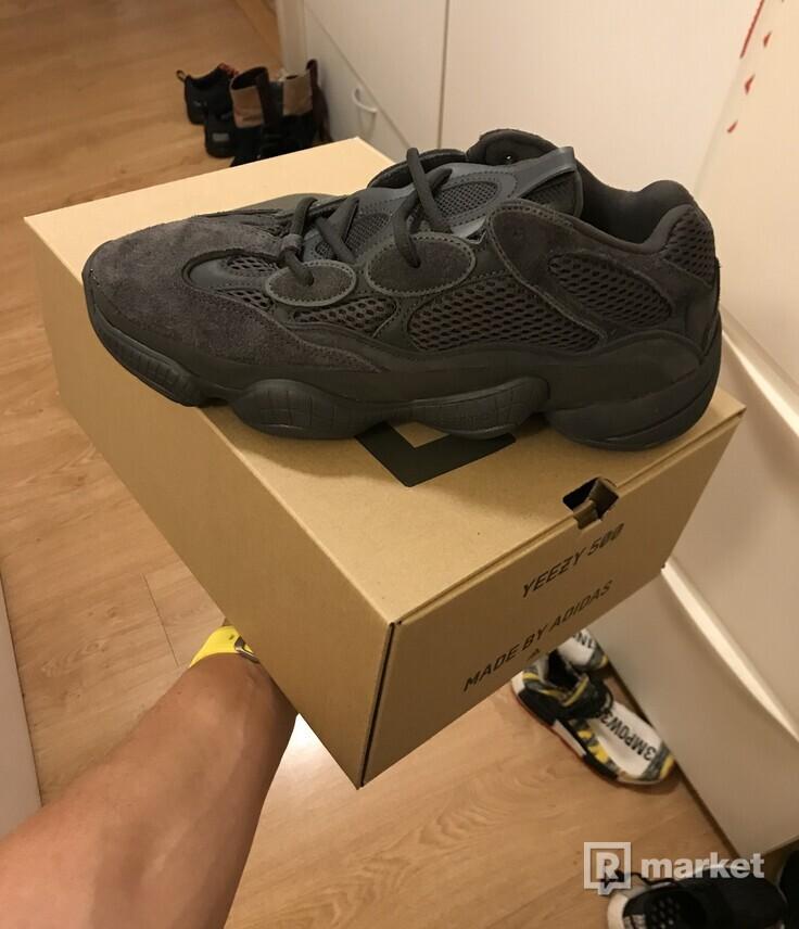 Adidas Yeezy 500 Utility Black vo velkosti US 10 - F 44