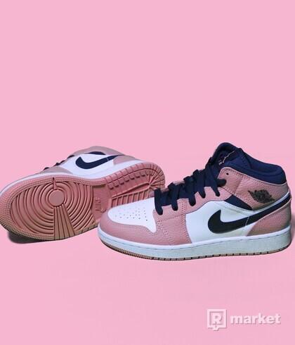 Air Jordan 1 mid Quartz Pink