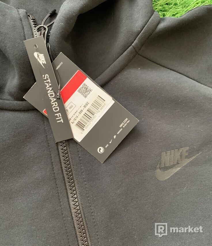 Nike tech fleece mikina