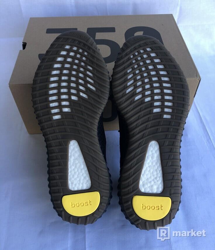 Yeezy 350 Cinder
