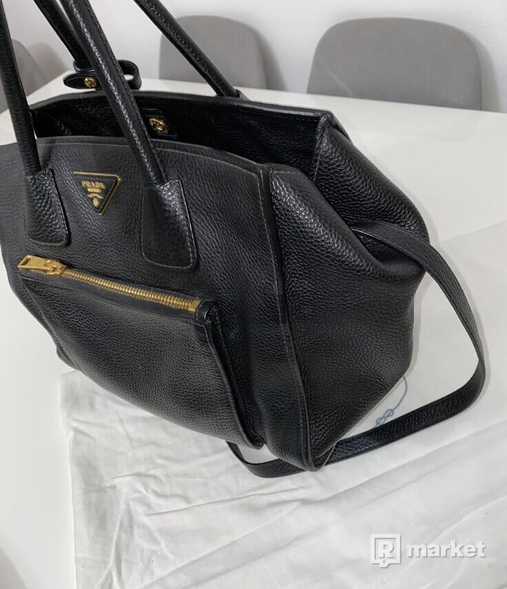 Prada kožená kabelka