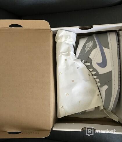 Air Jordan 1 Mid grey