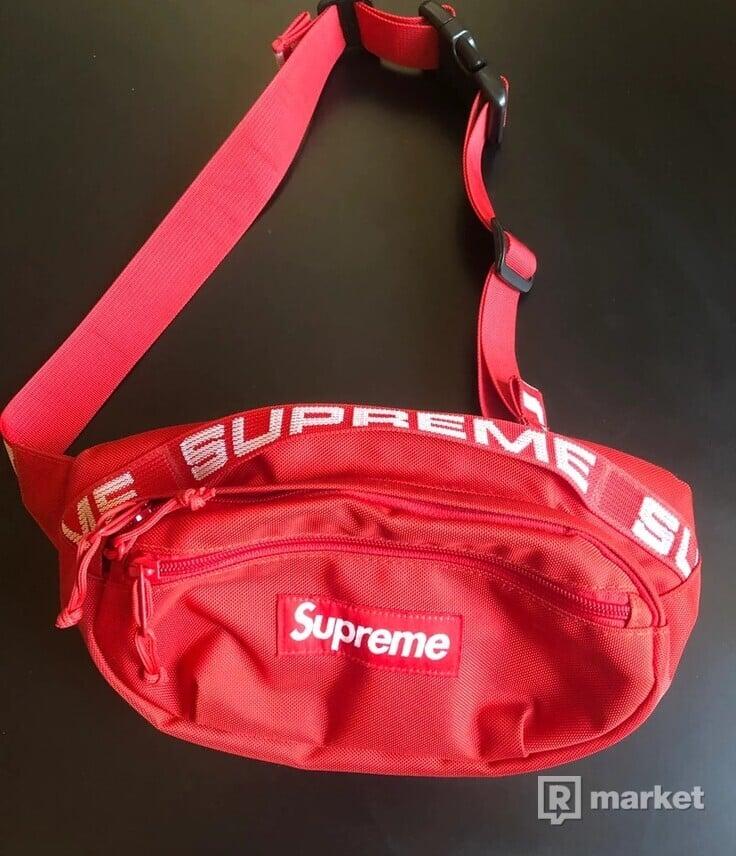 Supreme Waistbag S/S18 Red
