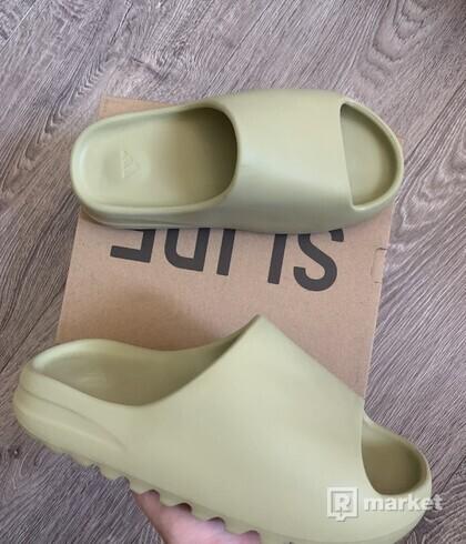 Adidas Yeezy Slides Resin