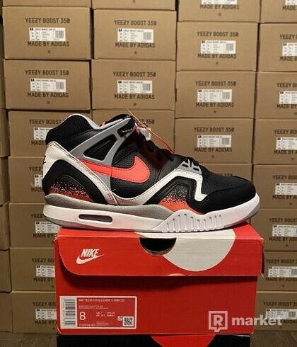 Nike Air Tech challange II black lava