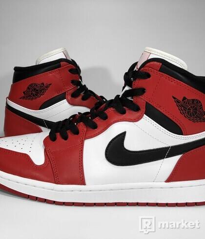 "Air Jordan Retro 1 High ""Chicago"" 2013"
