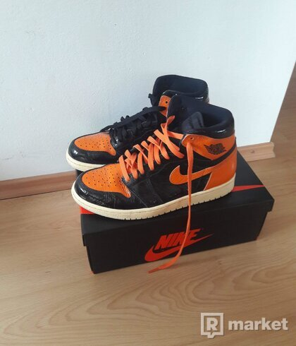 Nike Air Jordan 1 Retro High OG Shattered Backboard 3.0