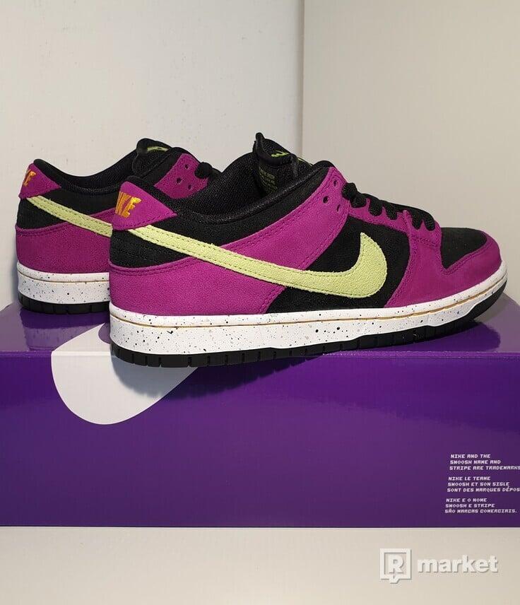 Nike SB Dunk Low Pro ACG Terra Red Plum
