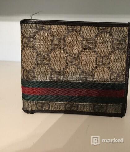 Gucci peñaženka