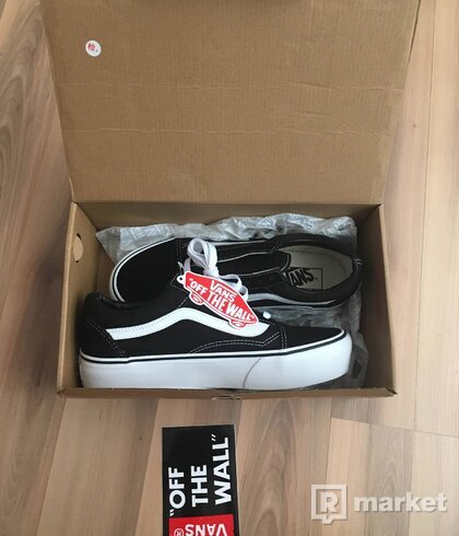 VANS OLD SKOOL PLATFORM