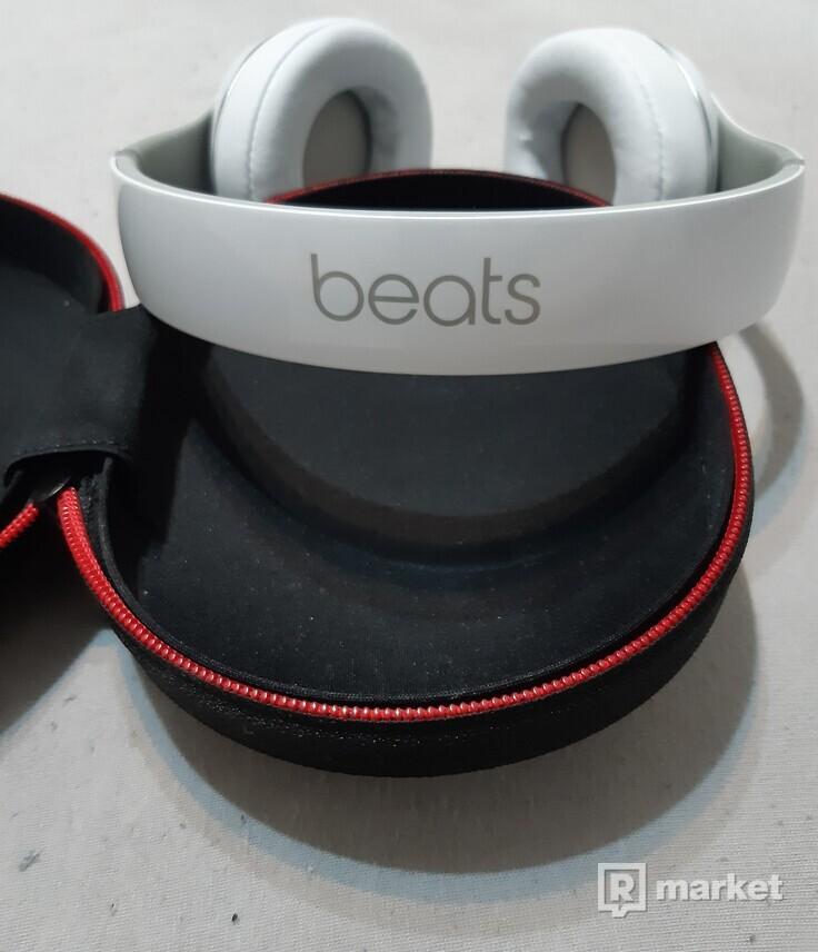 Beats by Dr. Dre Studio 2.0 wireless