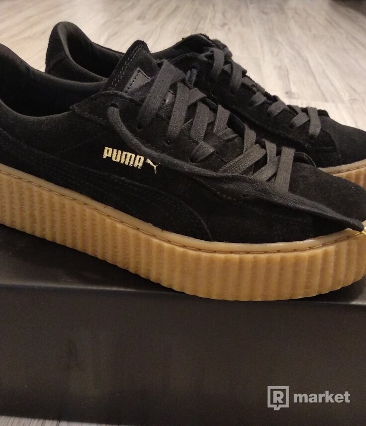 PUMA x FENTY by Rihanna women suede creepers [BLACK / OATMEAL]