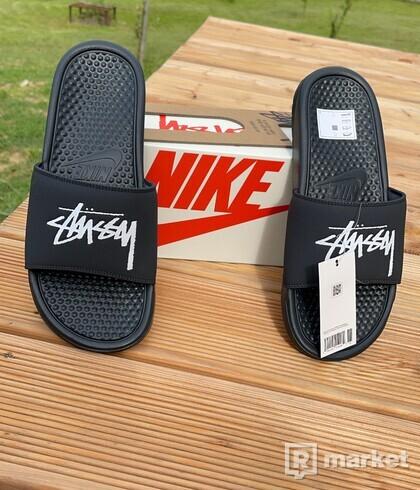 Nike & Stussy slides