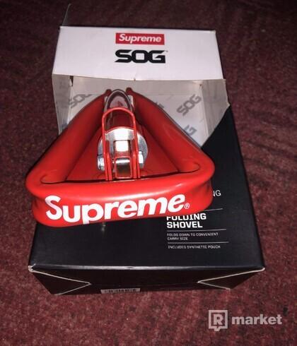SUPREME Supreme/SOG Collapsible Shovel