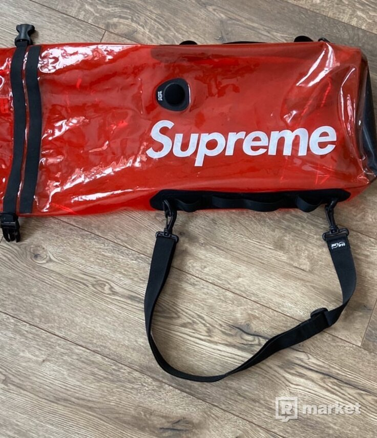 Supreme Sealline Discovery Dry Bag