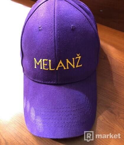 Melanž purple cap