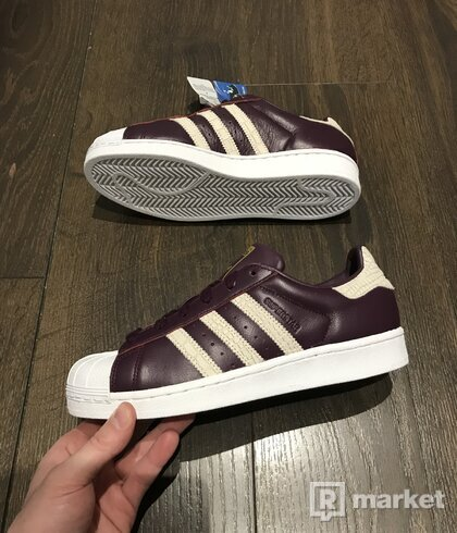 Adidas superstar skin