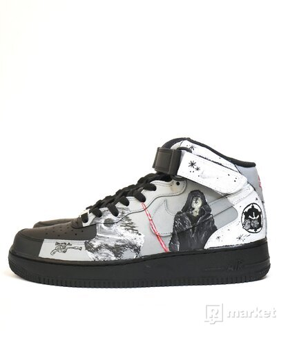 "custom  Nike Air Force 1 MID ""Star Wars""."