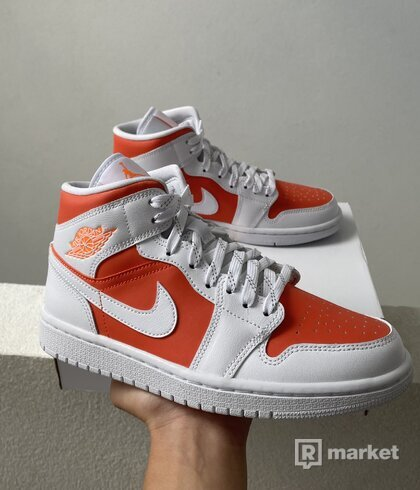 Jordan 1 Mid Citrus