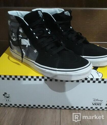 Vans x Disney Sk8-Hi  size 43
